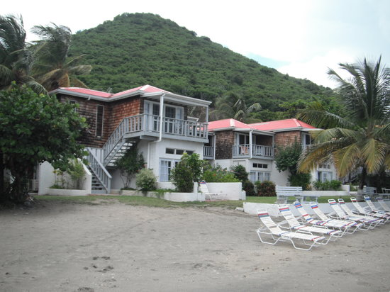Fort Recovery Beachfront Villa & Suites Hotel: outside resort