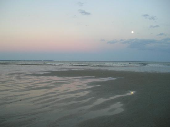 Ogunquit Beach: Full Moon over the beach