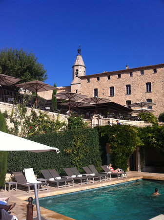 Hotel Crillon le Brave : The Pool
