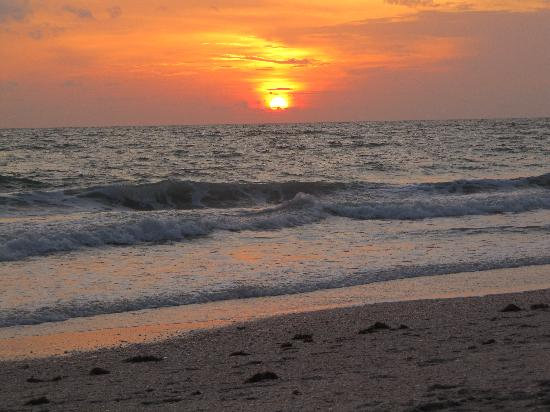 Sunset Over The Gulf Of Mexico Picture Of Sea Oats Beach