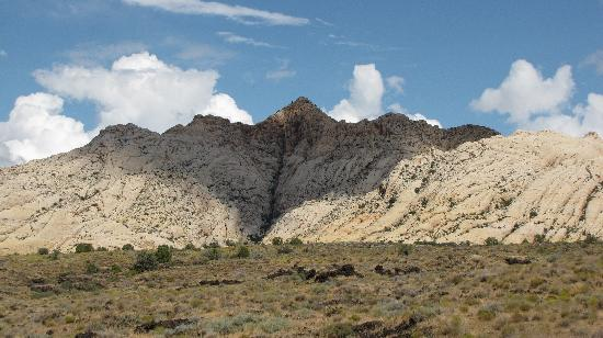 Snow Canyon State Park: another background