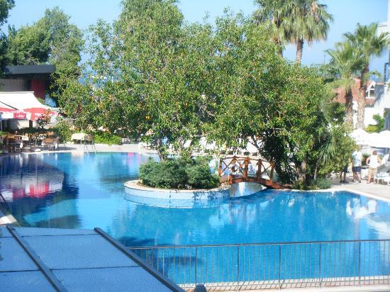 Side Star Beach Hotel: The pool
