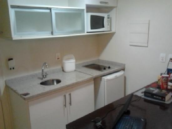 Hotel Mercure Manaus: Little kitchen