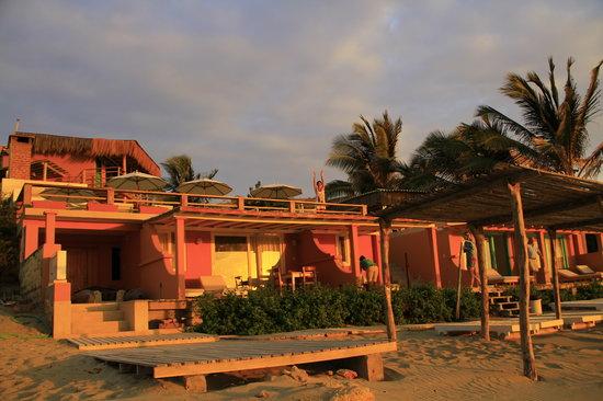 Hotel Puerto Palos: saludando