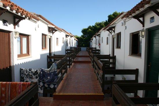 Sol Parc Apart Hotel: Upper walk to apartments