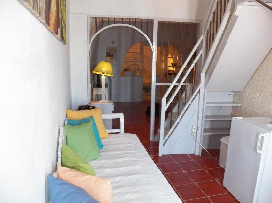 Caldera Villas: entry way and stairs