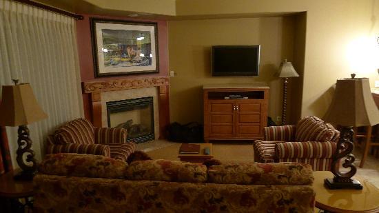 Vino Bello Resort: Living room