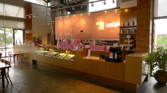 Oxbow Public Market: Kara's Cupcakes (yummy!)