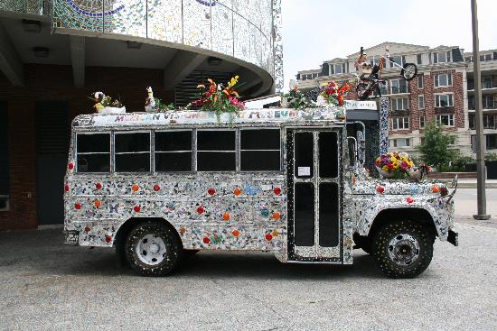 American Visionary Art Museum: The bus
