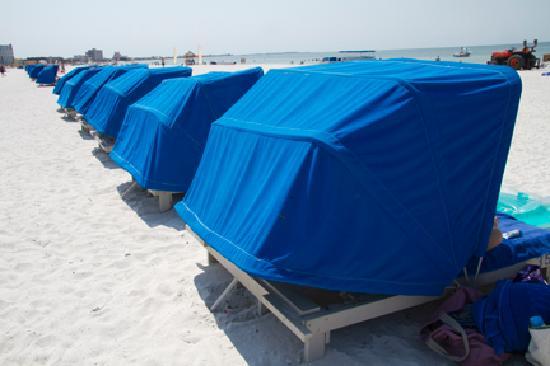 TradeWinds Island Grand Resort: Complimentary Cabanas on the Beach