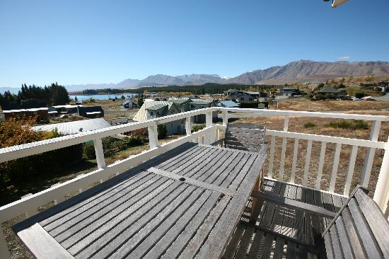 Lake Tekapo Holiday Homes: view from Lucy's Patch