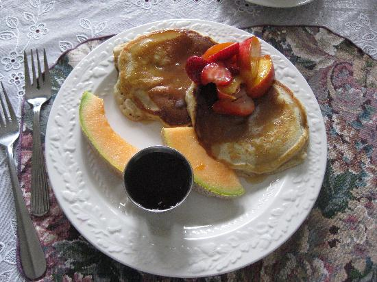 Ocean Point Bed & Breakfast : Oh so good!