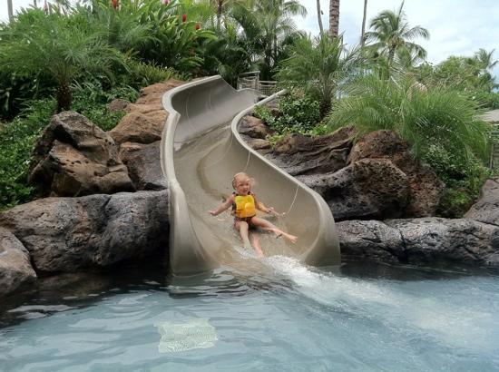 แมร์ริอทท์คาวายอิ รีสอร์ท: waterslide for 12 and under