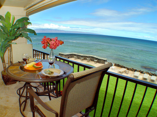 Kaleialoha Condominiums : Direct Ocean Views!