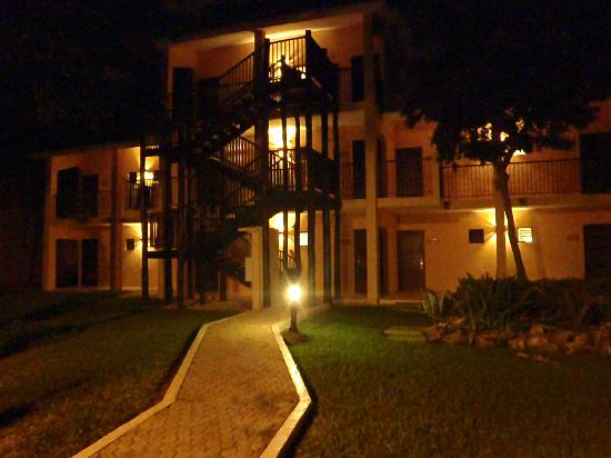 Hotel Riu Lupita: ext des chambes