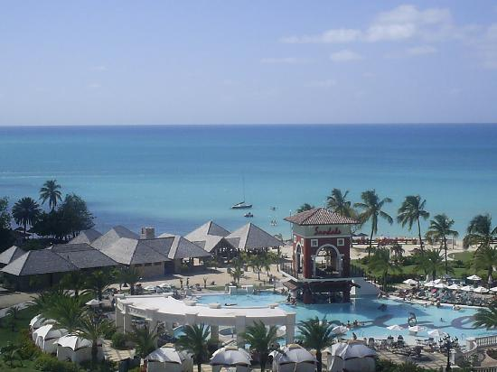 Sandals Grande Antigua Resort & Spa : View from our room on Med Side