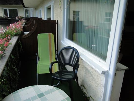 Post-Hotel: balcony