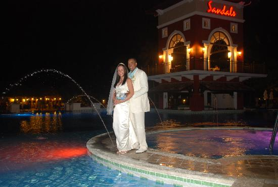 Sandals Grande Antigua Resort & Spa: Sandals pools