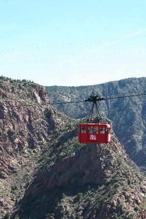 Royal Gorge Bridge and Park: Aerial Tram