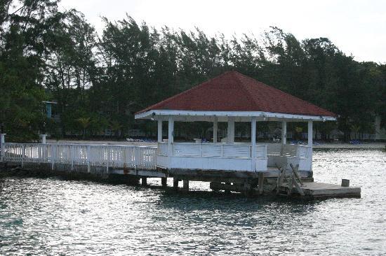 "Fantasy Island Beach Resort: ""Dive Gazebo"""