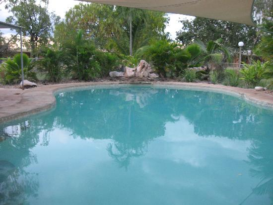 Territory Manor Motel and Caravan Park: The pool!!