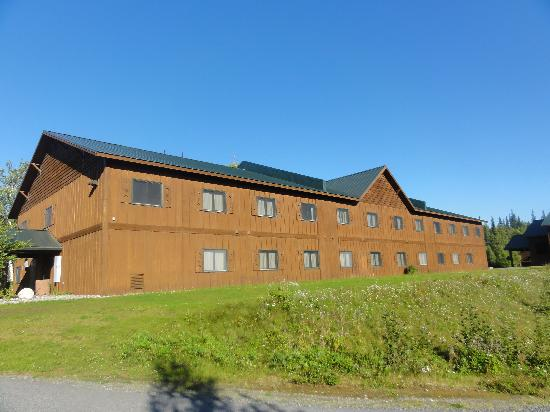 Mt. McKinley Princess Wilderness Lodge: outside of building 17