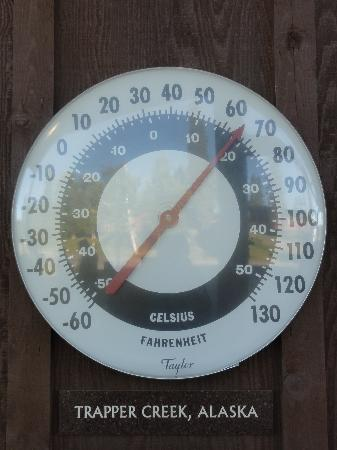 Mt. McKinley Princess Wilderness Lodge: thermometer on property