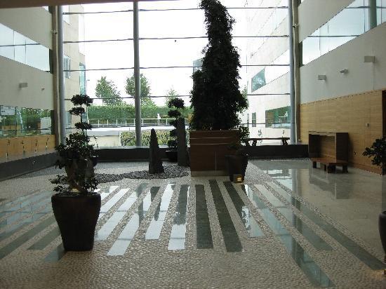 โรงแรมโซฟิเทล ลอนดอน ฮีทโทลว์: Zen garden