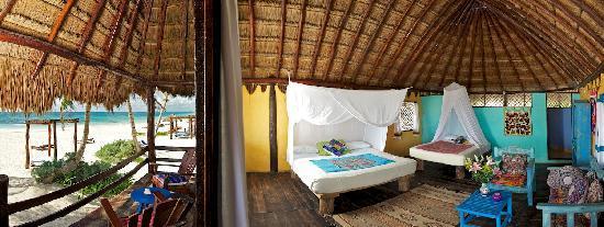 Tulum Hemingway Romantic Cabanas: ocean front room