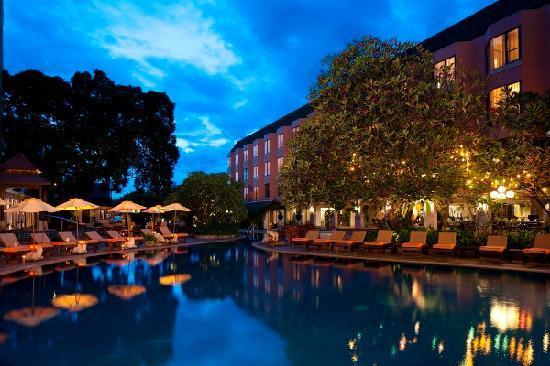 เดอะ เบย์วิว: Swimming Pool