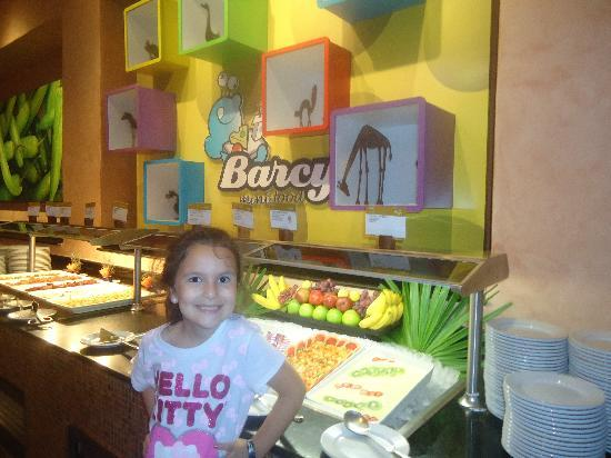 Barcelo Maya Palace: Kids buffet