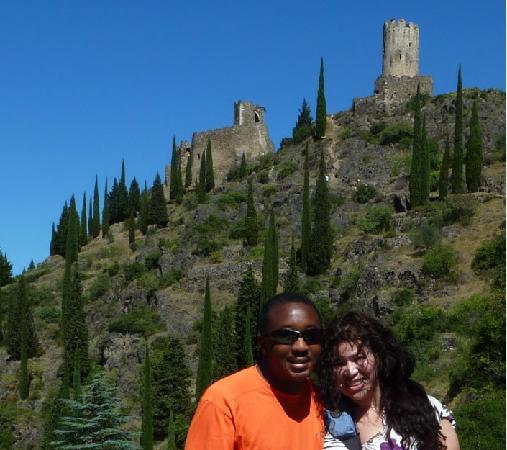 Sun Tour: Hiking up to Chateau de Lastours