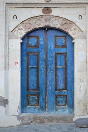 Reliable Travel: Doorway in Mustafapasa