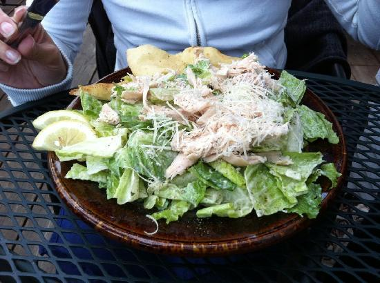 LD's Woodfired Grill: Ceasars salad