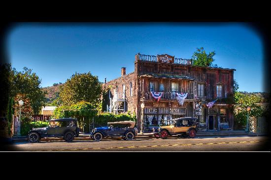 The 1880 Union Hotel: 1880 Union Hotel