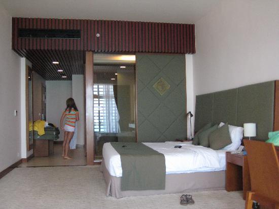 โรงแรมโนโวเทลญาจาง: bedroom