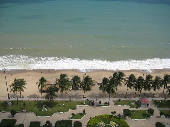 โรงแรมโนโวเทลญาจาง: View from our room