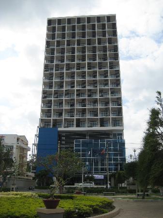 โรงแรมโนโวเทลญาจาง: Hotel