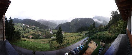 Ellauri Hotela: panoramica desde la ventana de la habitacion