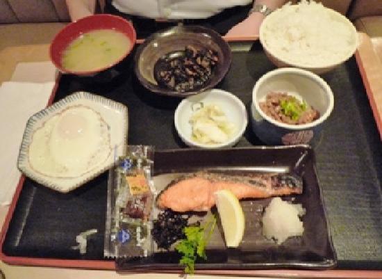 Redac Gateway Hotel: 和食の朝食の場合