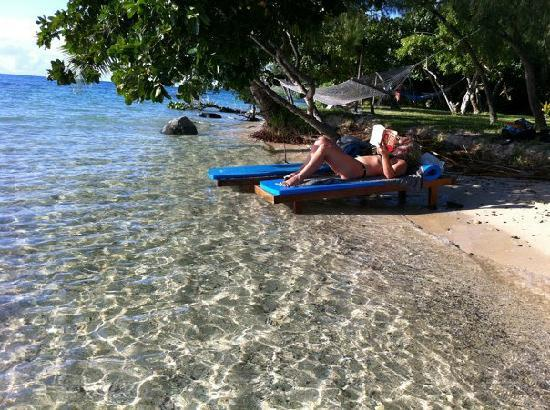 Nanuya, Fiji: Easy to drop into the water to cool off...