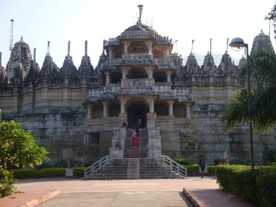 วัดเชน รานัคปุระ: Ranakpur Temple