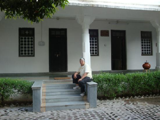 วัดเชน รานัคปุระ: Accommodation