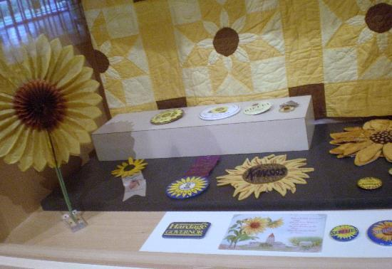 Kansas Museum of History: Sun Flower Case