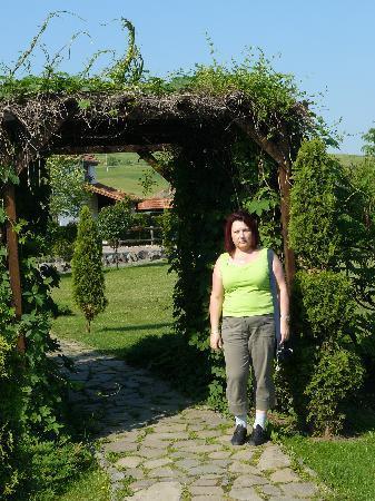 Domeniul Dracul Danes: in the garden