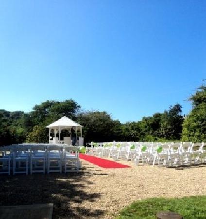 Thunzi Bush Lodge: Ceremony Area