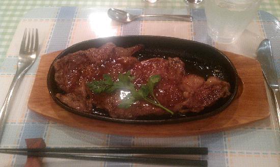 Pension Birao: 夕食的主餐-牛排