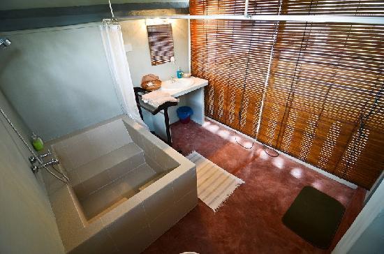 เดวลบายพาลานคิน: Mezzanine bathroom
