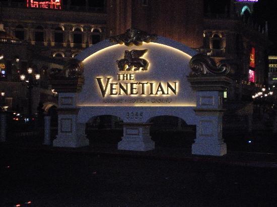 โรงแรมเวเนเชียน รีสอร์ท คาสิโน: Front