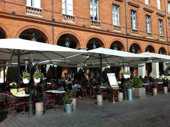 Ophorus Toulouse Sightseeing Day Tours: Capitol Square Toulousse